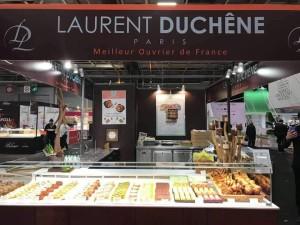 Barra de Laurent Duchene en un mercado.