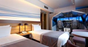 Habitación con simulador de vuelo