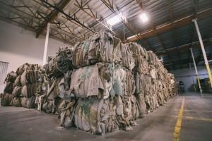 Menos de un 3% de los 1,6 millones de toneladas de alfombras desechadas se reciclan en Estados Unidos.