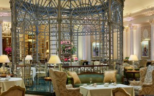Uno de los salones del hotel The Savoy.