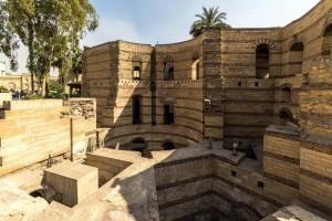 En El Cairo, la Fortaleza de Babilonia, antiguo recinto defensivo de la época romana.