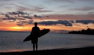 El surf, algo inseparable de la imagen de Hawái en el mundo.