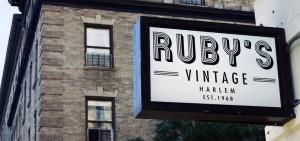 Ruby's lleva el nombre de la actriz, defensora de los derechos civiles y residente de Harlem desde hace mucho tiempo, Ruby Dee, pues creció en el edificio.