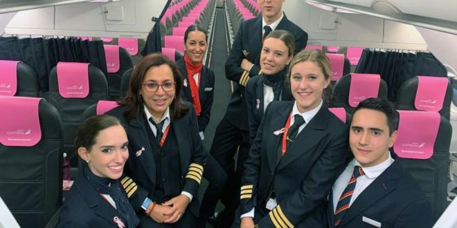 La tripulación de uno de los aviones.