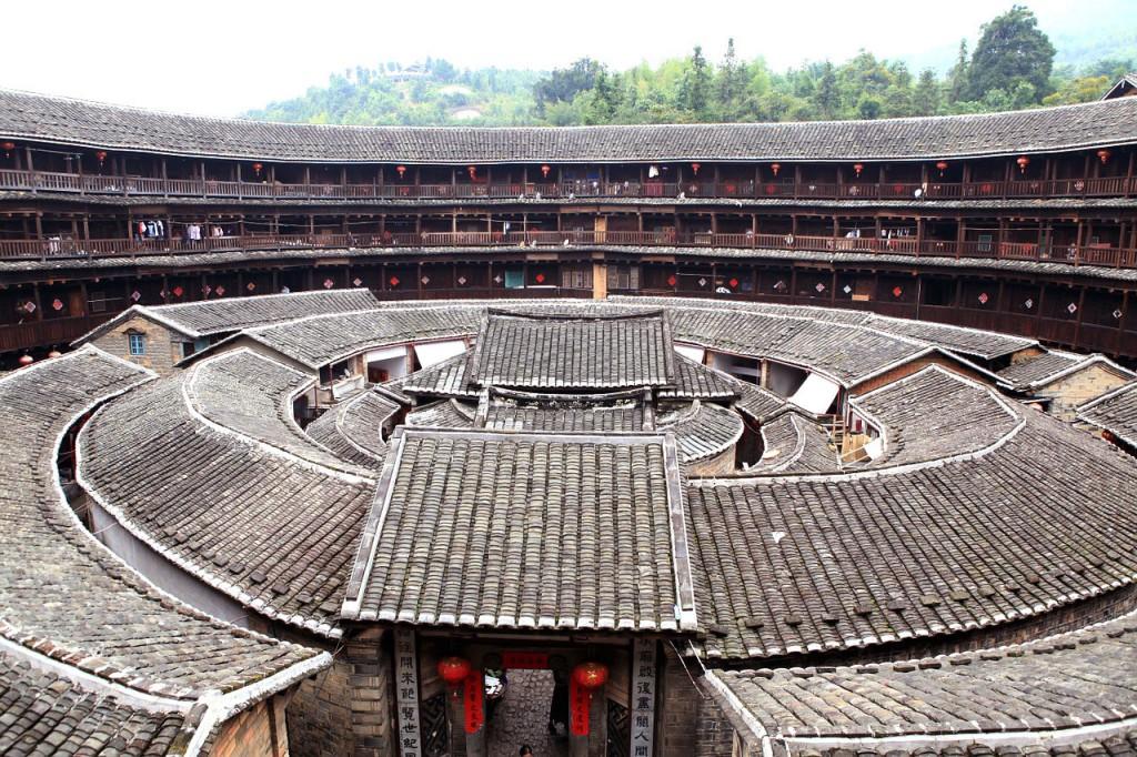 Sobrios y majestuosos, los diseños de los tulou de Fujian son muy variados. Los circulares son los que más llaman la atención.