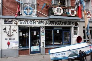 """""""Le Salon des navigateurs"""", medio peluquería, medio museo de la marina."""