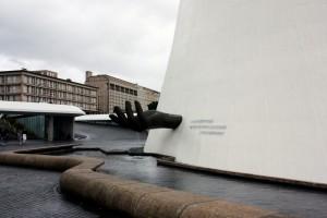 Le Volcan, del brasileño Oscar Niemeyer, un encargo del Partido Comunista Francés, ahora es el principal centro cultural de la ciudad.