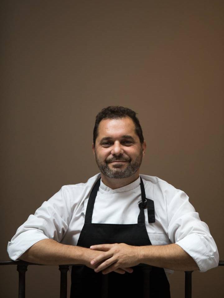 Víctor Hugo Tello, jefe de cocina del parador de La Granja (Segovia). Foto: Víctor Sainz