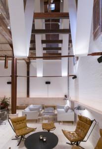 Un espacio de atmósfera elegante y relajada.