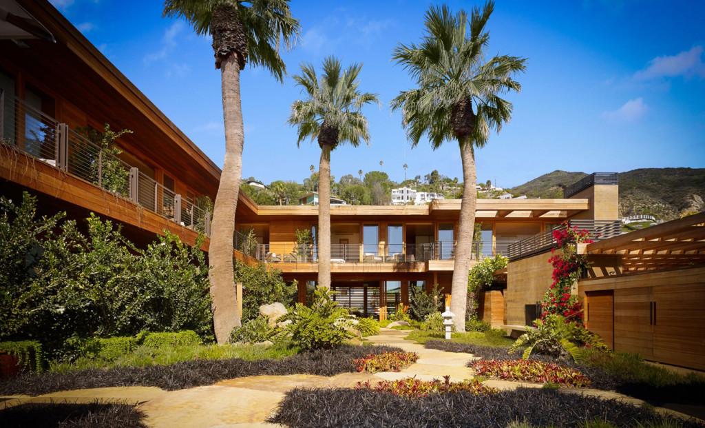 Un motel de playa de los años 50, transformado en el lugar ideal para una escapada de quietud y aislamiento.